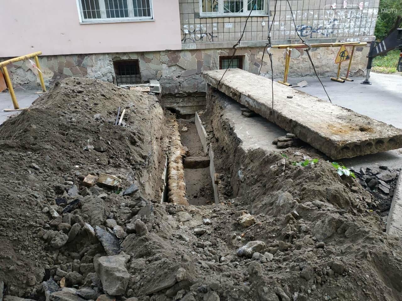 Як «Рівнетеплоенерго» провели ремонт тепломереж у місті (ФОТО), фото-4