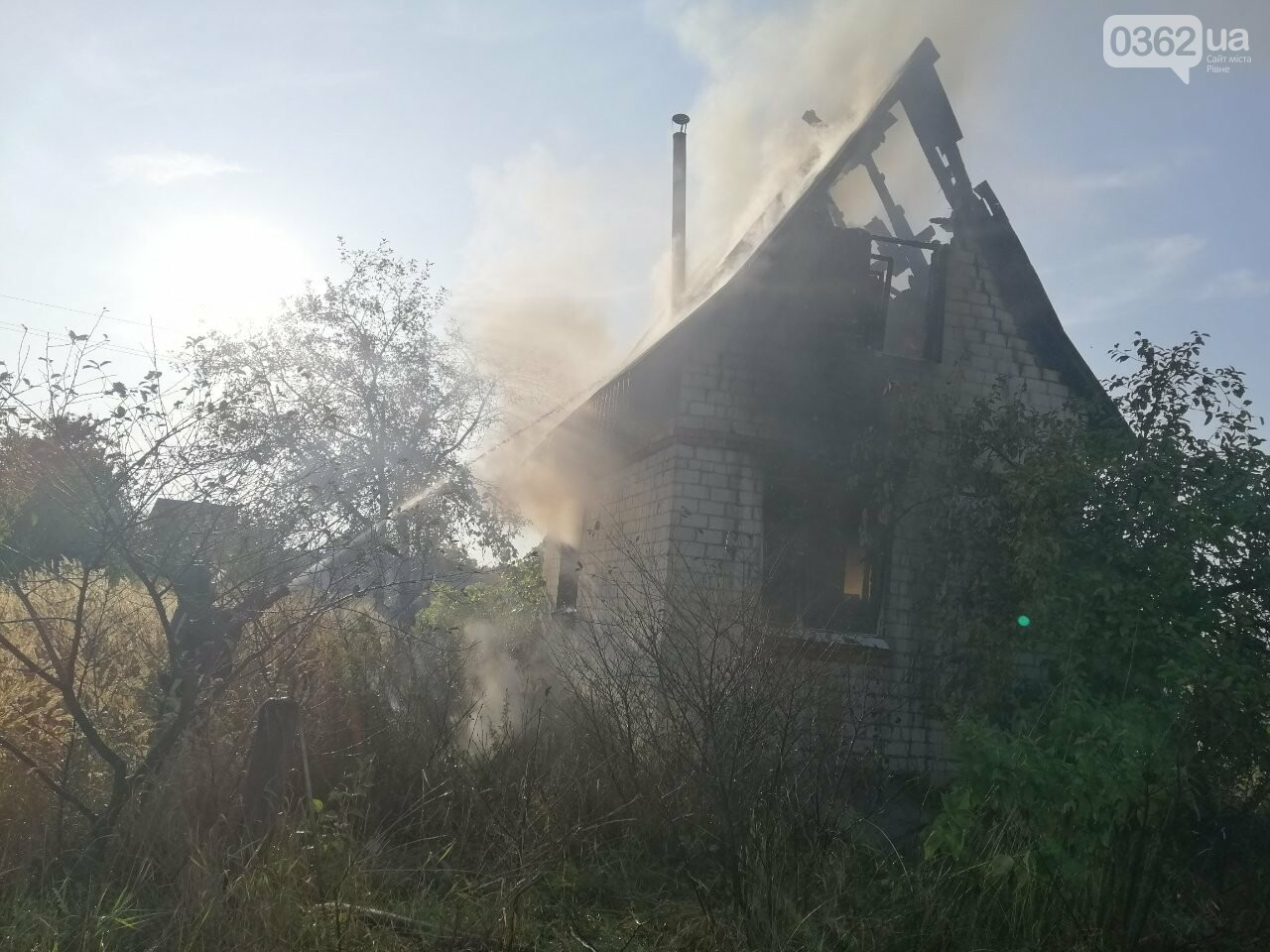 На Рівненщині горіла дача (ФОТО)  , фото-3