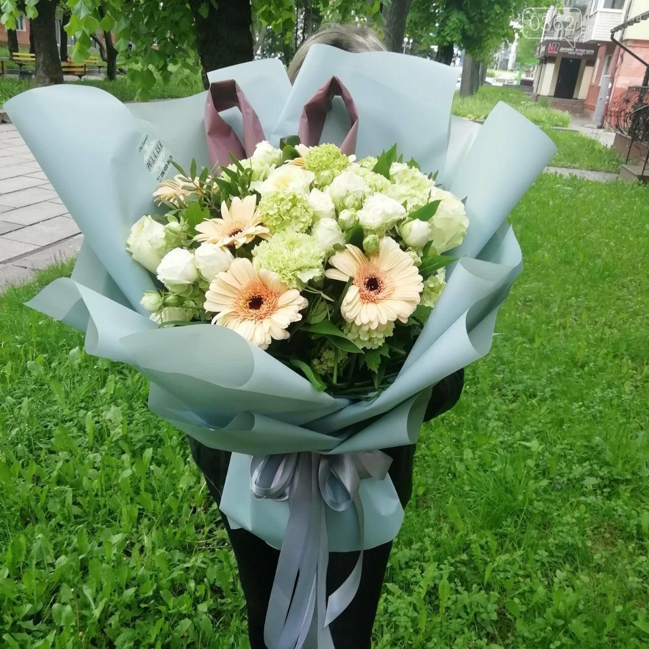 Найпрекрасніші спогади та романтичні почуття подарує квітковий магазин «Розалія» у Рівному  , фото-2