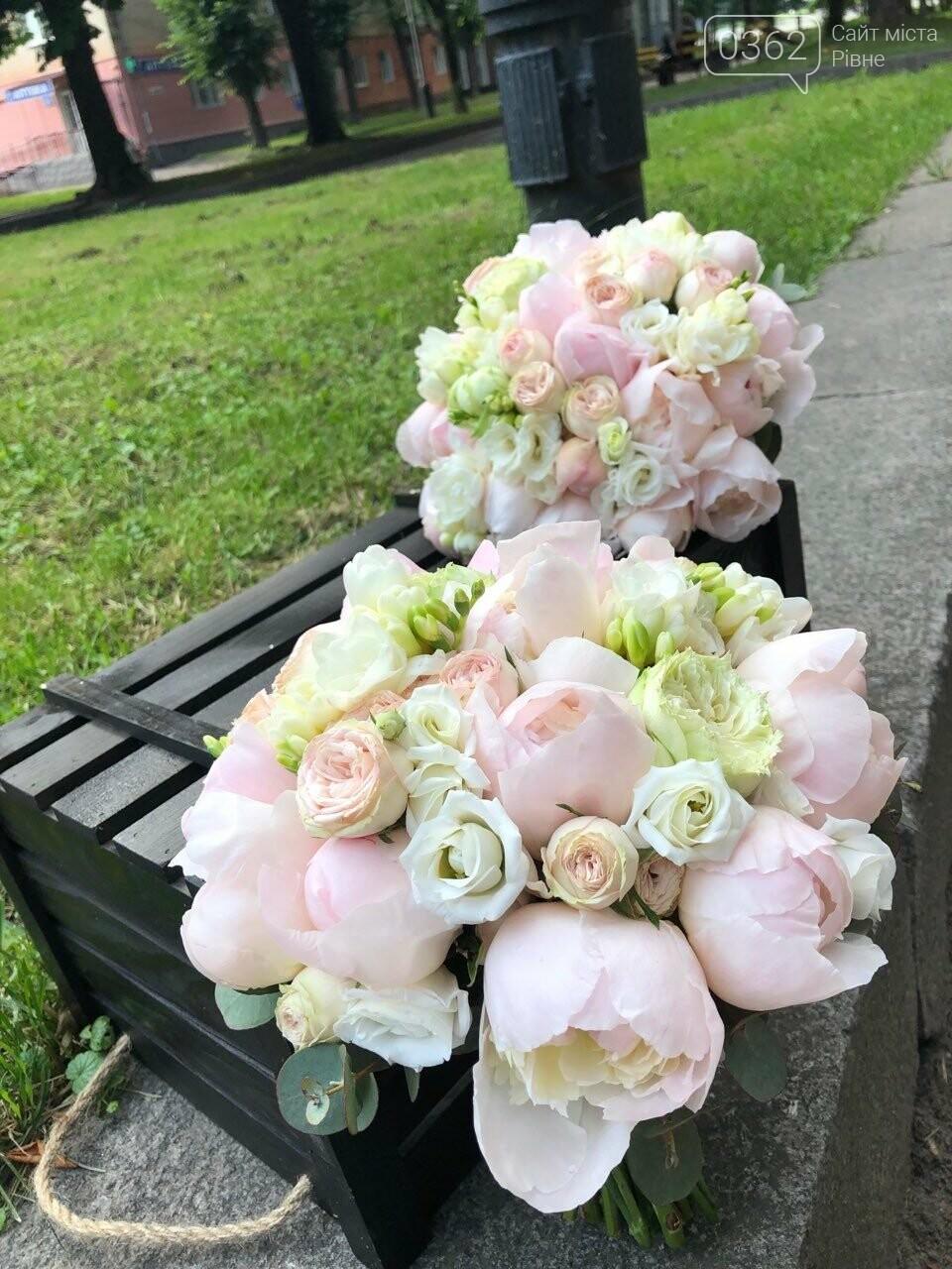 Найпрекрасніші спогади та романтичні почуття подарує квітковий магазин «Розалія» у Рівному  , фото-5