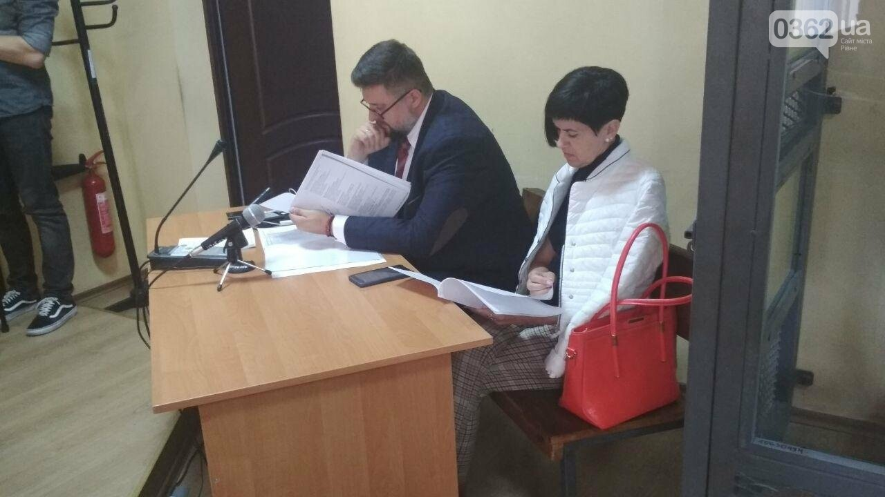 Адвокат Вишинського, який поїхав до Росії за обміном «35 на 35», захищав у суді рівненську лікарку (ФОТО)   , фото-5