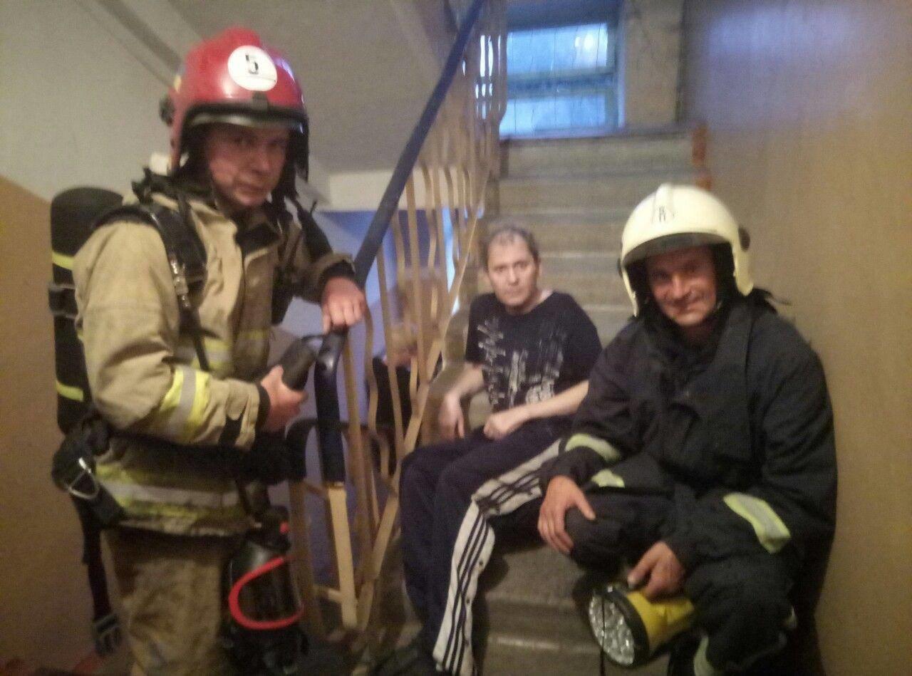 З пожежі на Рівненщині врятували маму та її сина , фото-1