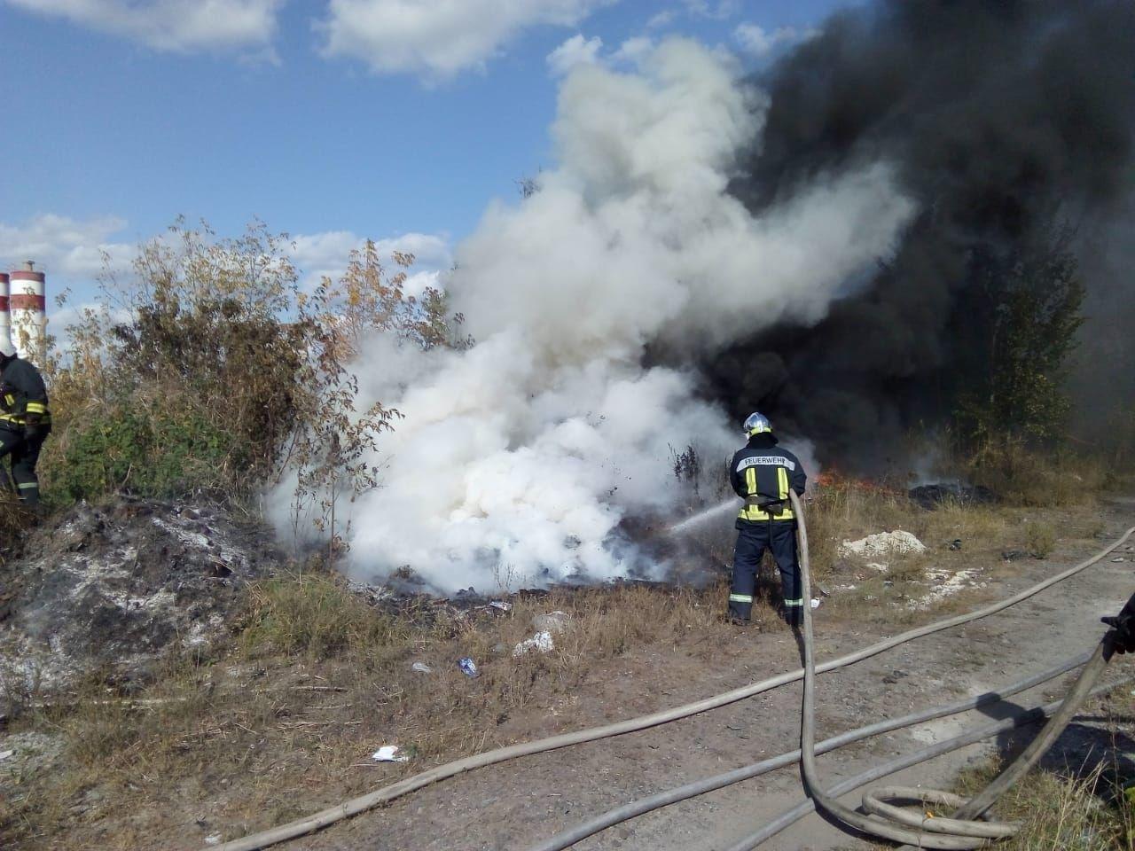 За добу рятувальники тричі виїжджали на ліквідацію пожеж на Рівненщині (ФОТО), фото-1
