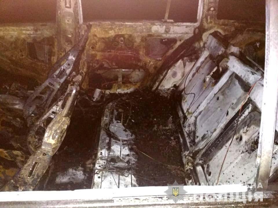 Авто могли підпалити, - поліція. На Рівненщині встановлюють обставини нічної пожежі  (ФОТО), фото-2