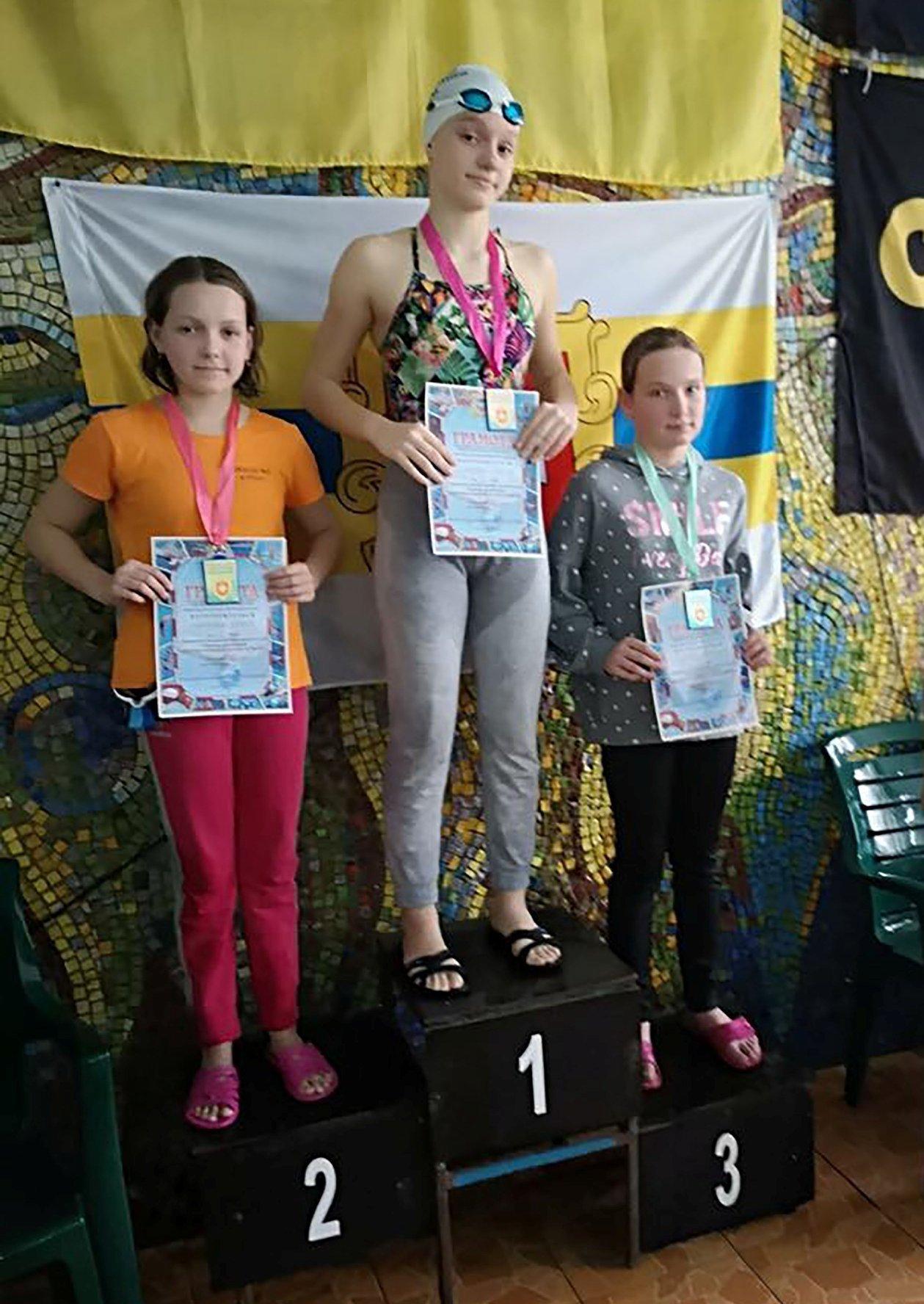 В Рівному дитячий чемпіонат з плавання присвятили воїнам, які загинули в АТО (ФОТО), фото-6