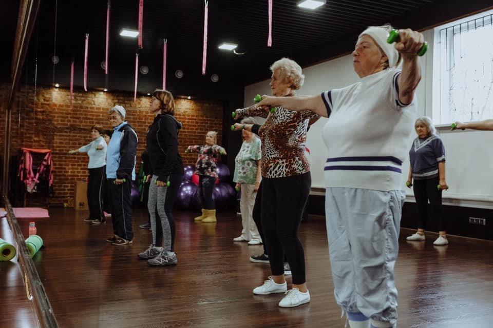 Вік - не вирок: у Дубні літні люди займаються фітнесом (ФОТО), фото-6