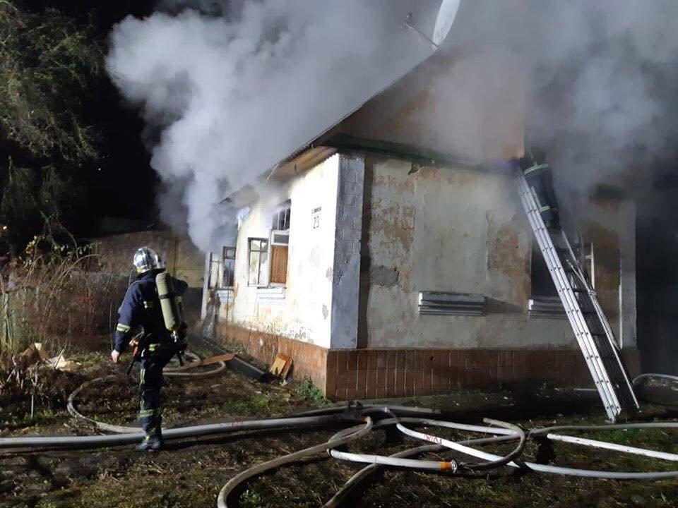 У Рівному гасили пожежу в приватному будинку (ФОТО), фото-3