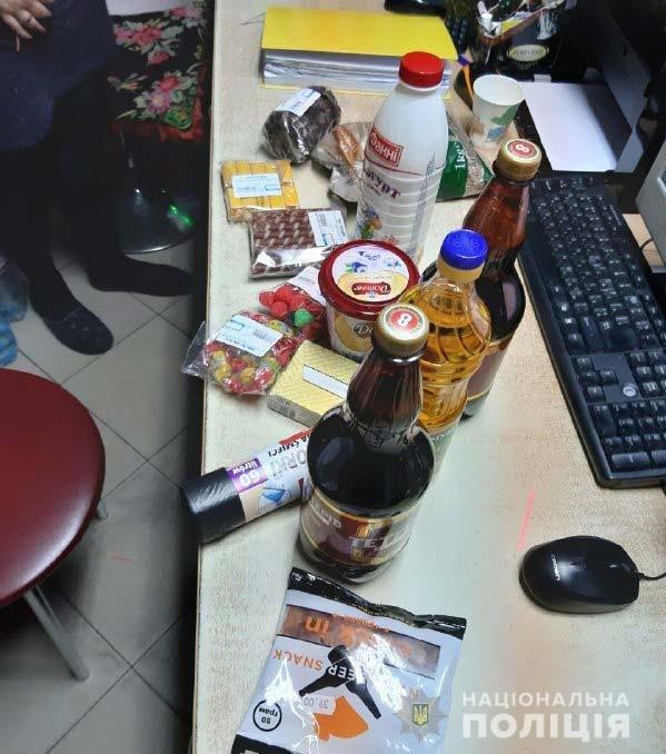 У Рівному 26-річний чоловік постійно крав продукти у магазині (ФОТО), фото-2