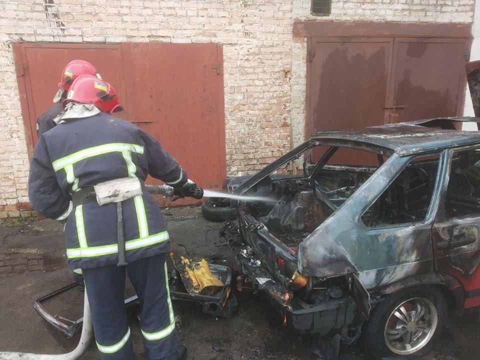 У Рівному згорів автомобіль (ФОТО), фото-3