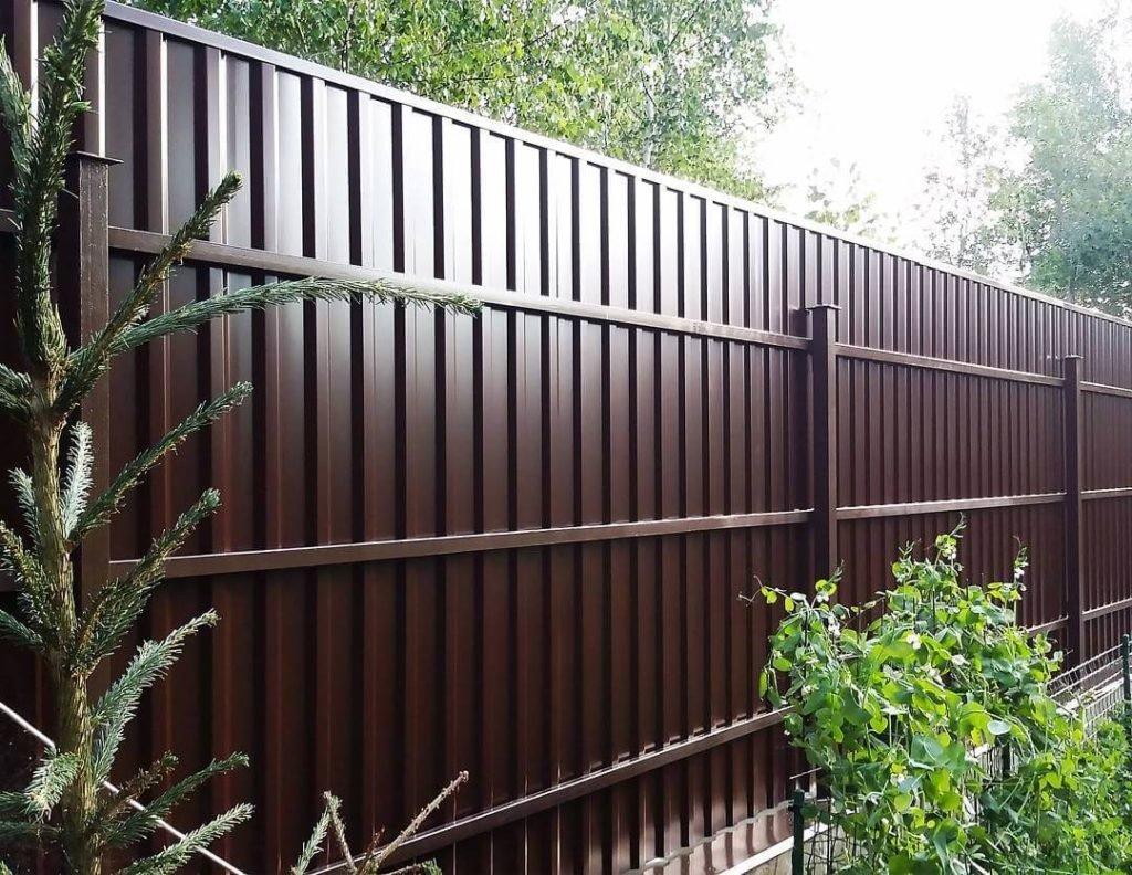 Основні переваги огорожі з гофрованого листового металу, фото-1
