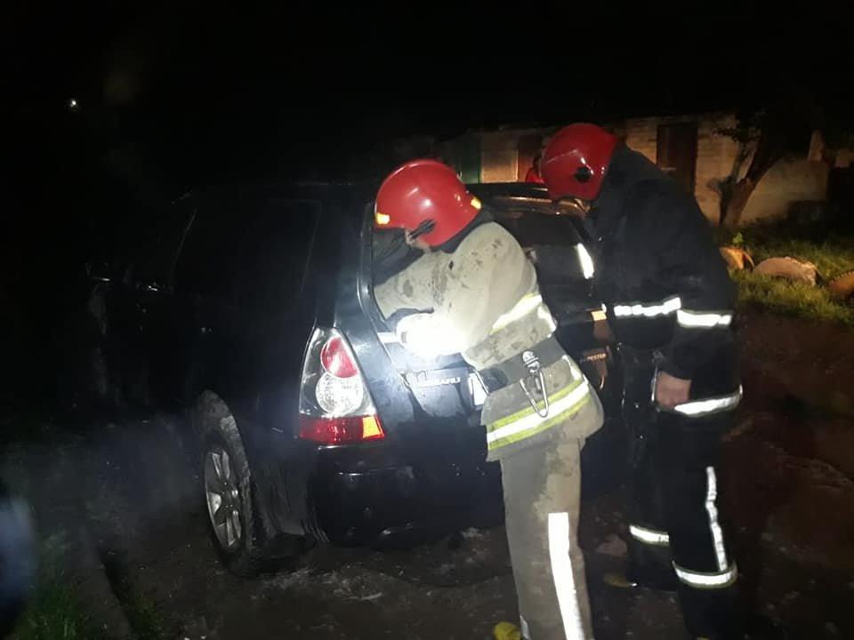 У Дубно чергова пожежа: знову горів легковик (ФОТО), фото-2