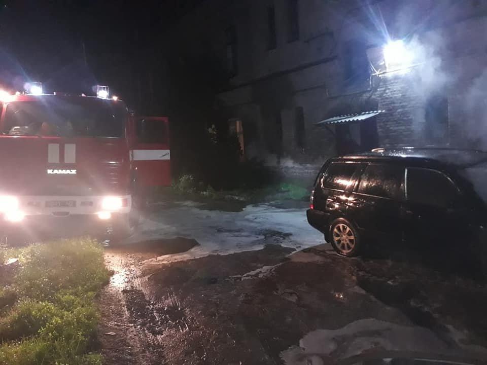 У Дубно чергова пожежа: знову горів легковик (ФОТО), фото-3