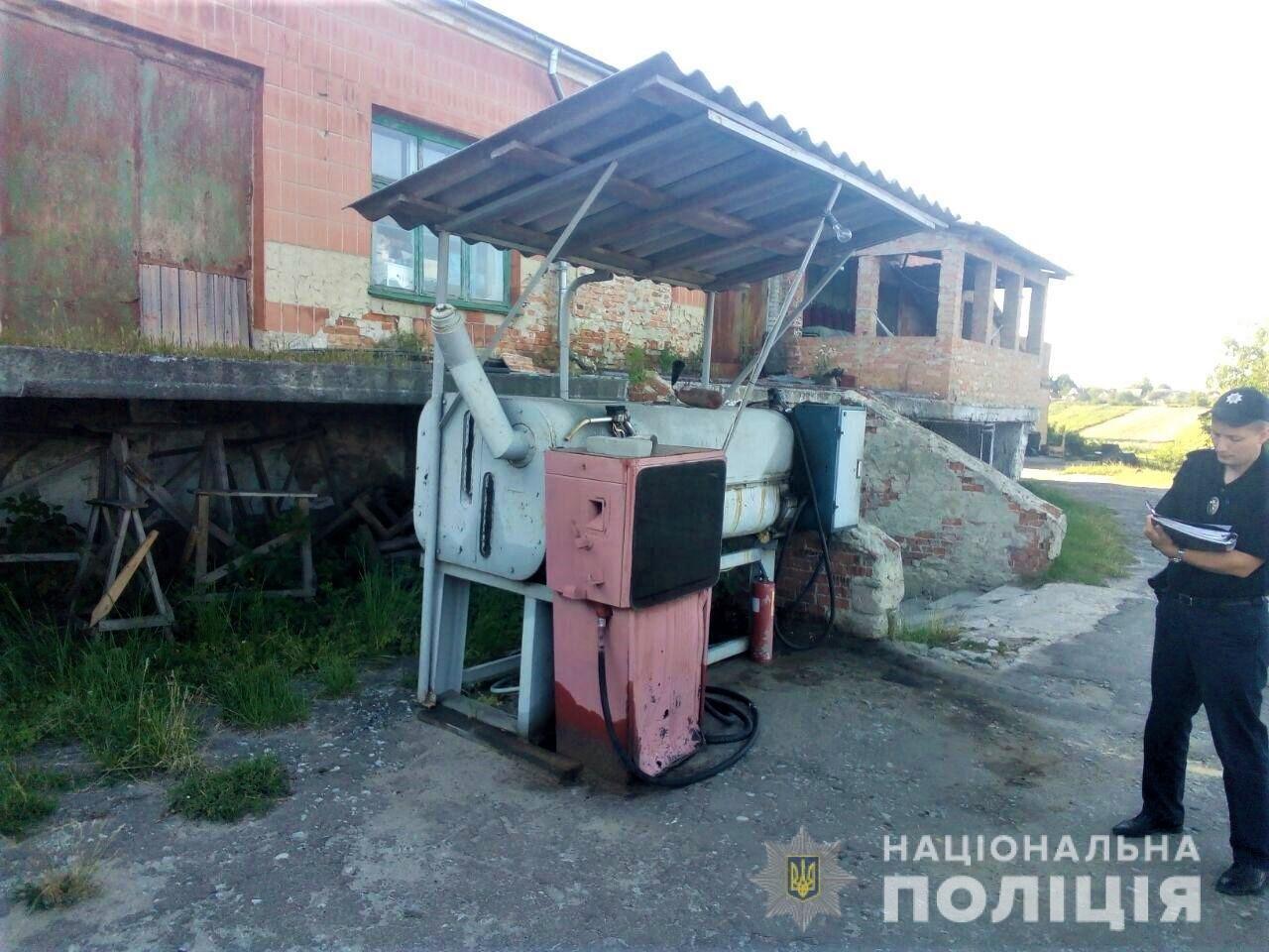 На Здолбунівщині жінку оштрафують за підпільний продаж пального (ФОТО), фото-2