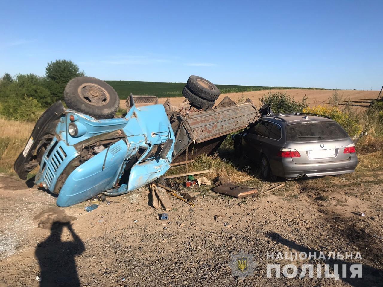 На Рівненщині легковик не пропустив вантажівку (ФОТО), фото-1