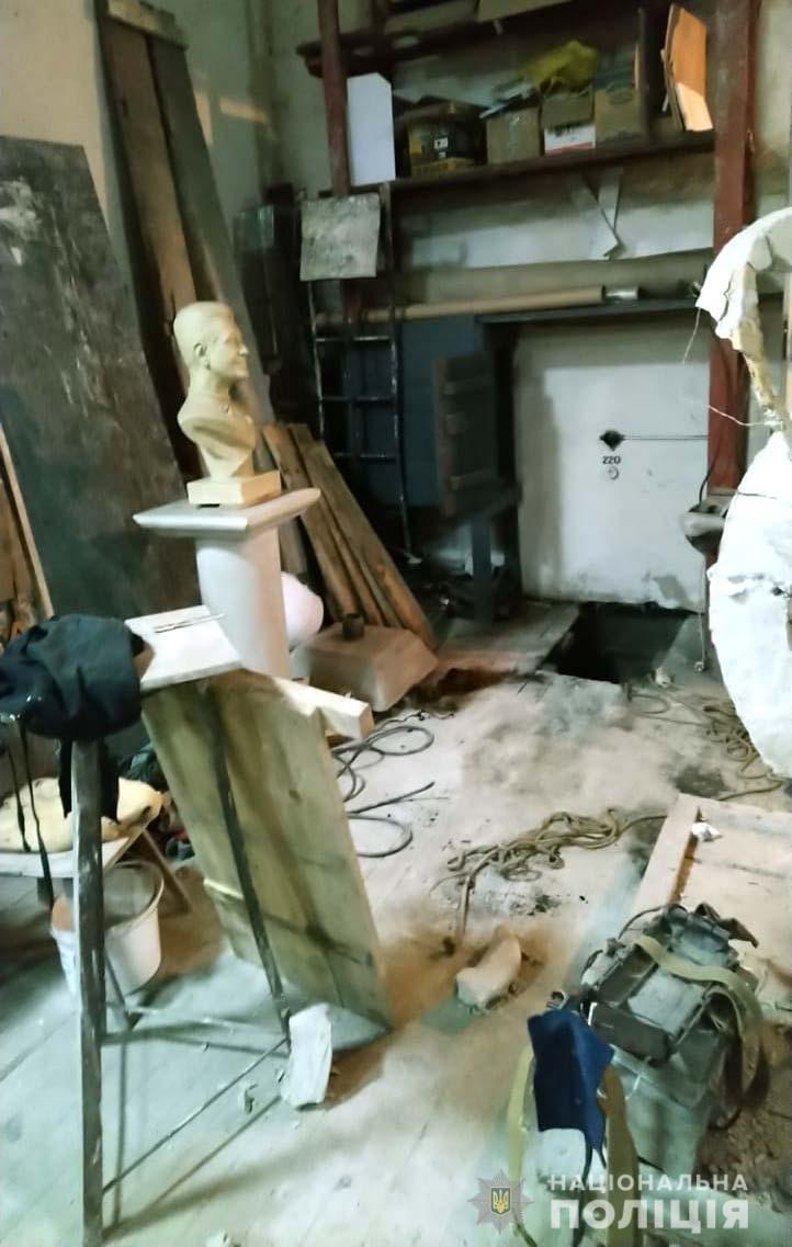 Відомий скульптор з Острога може отримати вже довічне (ФОТО), фото-2