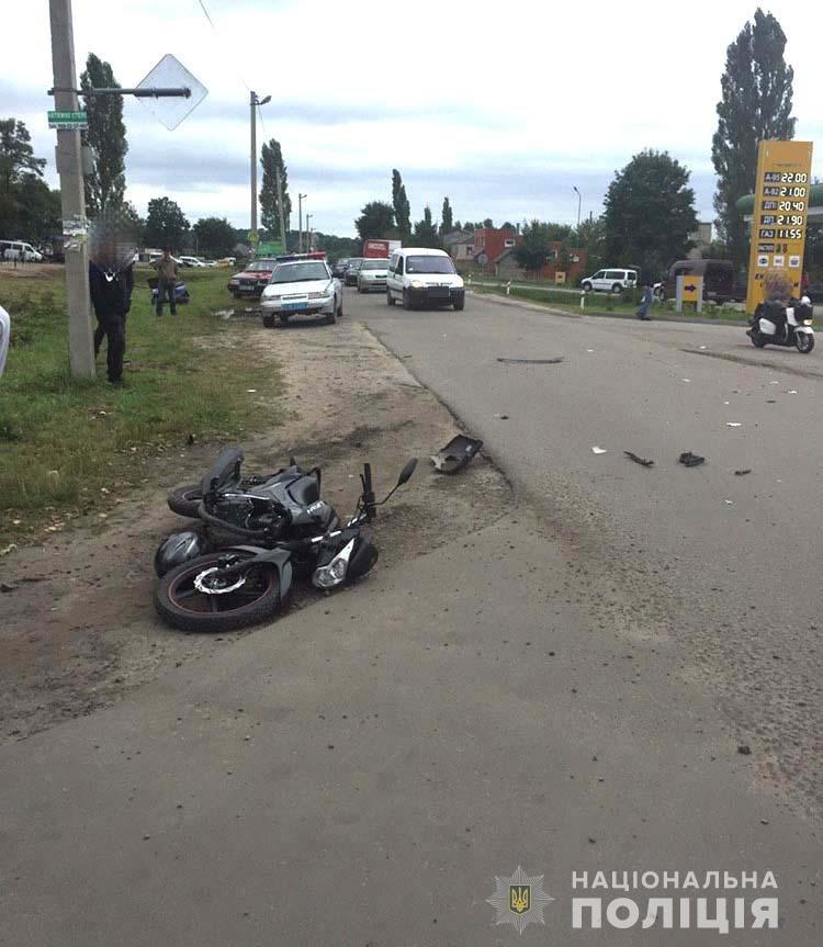 У Володимирці позашляховик збив юного мотоцикліста. Той у лікарні з переломом гомілки (ФОТО) , фото-2