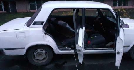 Ще одне авто обікрали сьогодні вночі у Рівному (ФОТО)  , фото-1