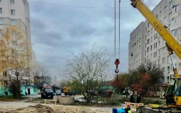 На вулиці студентський у Рівному завершили заміну аварійних ділянок водоводів (ФОТО), фото-8