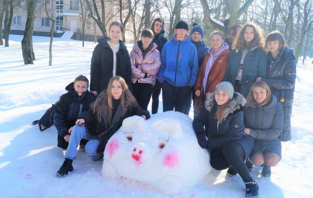 У Радивилові школярі ліпили снігові скульптури (ФОТО), фото-5