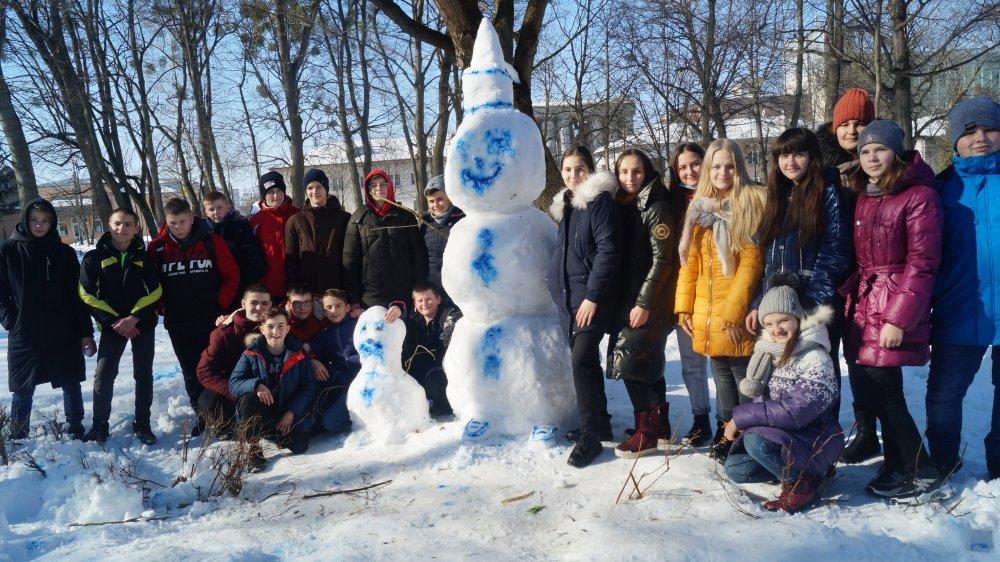 У Радивилові школярі ліпили снігові скульптури (ФОТО), фото-4