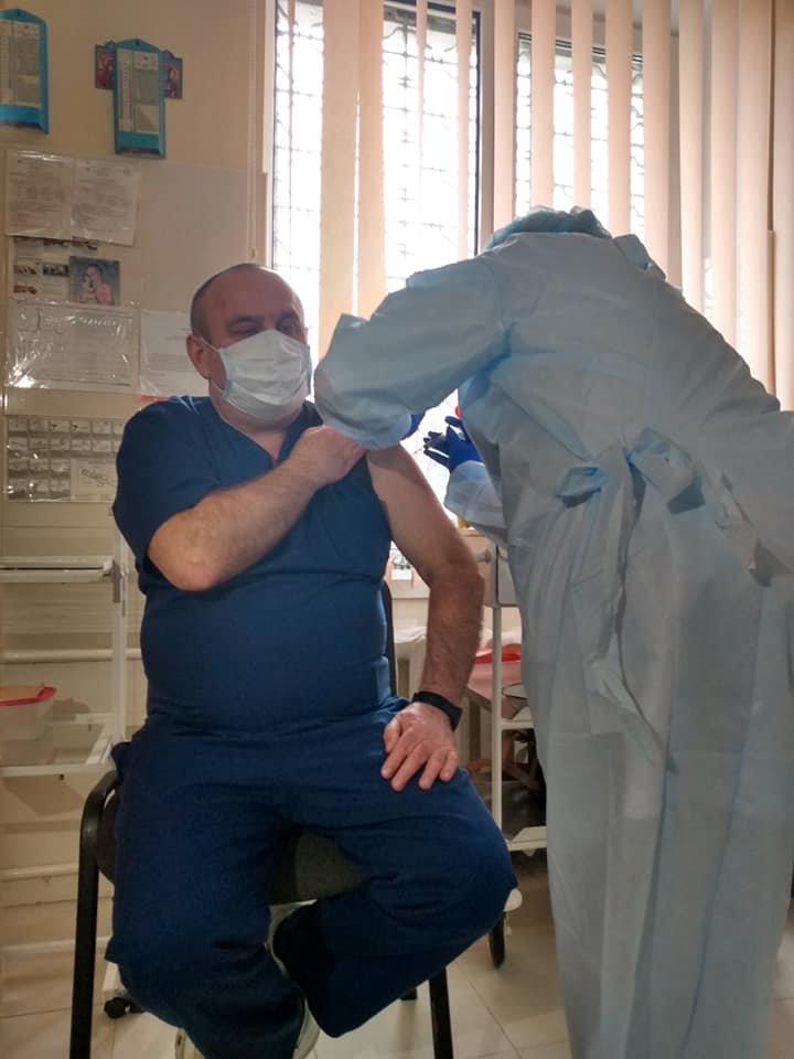Вакцинацію від Covid-19 почали по Рівненській області: щеплюють у Дубні, фото-3
