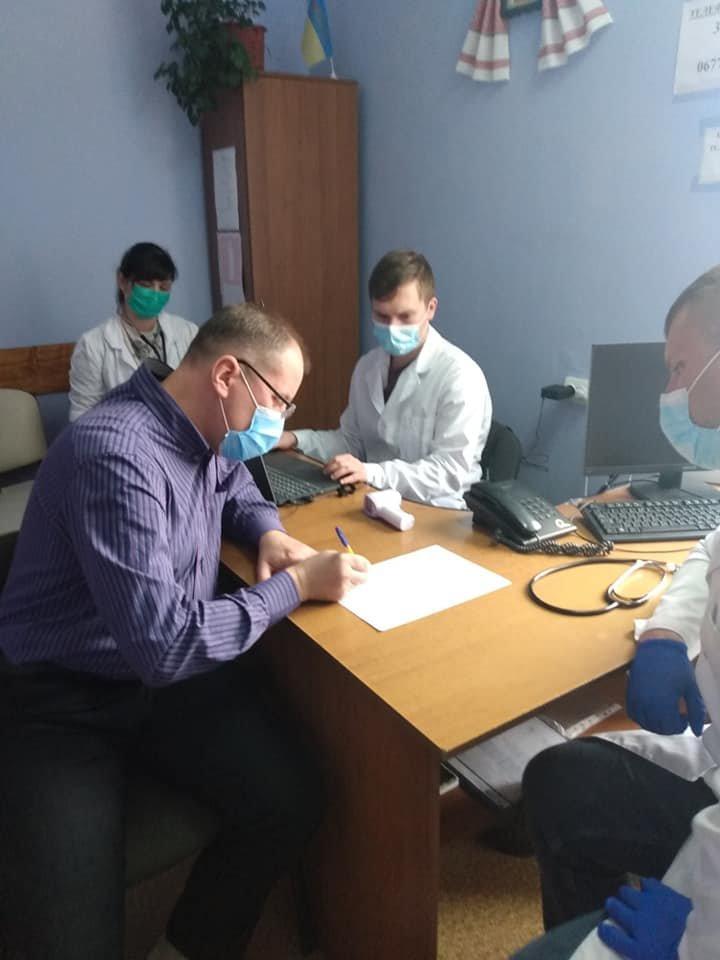Вакцинацію від Covid-19 почали по Рівненській області: щеплюють у Дубні, фото-1
