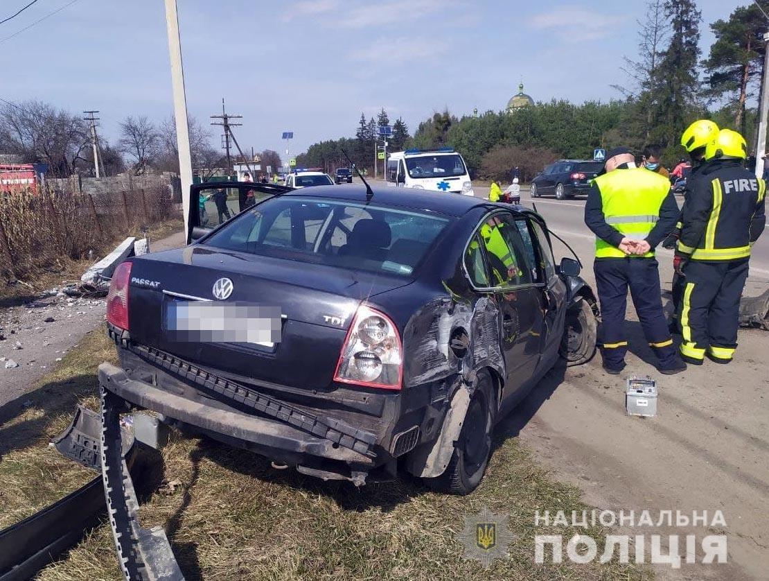 На Дубенщині сталася ДТП: скутерист загинув, а водійка легковика – у лікарні, фото-4