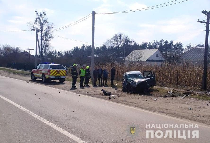 На Дубенщині сталася ДТП: скутерист загинув, а водійка легковика – у лікарні, фото-3