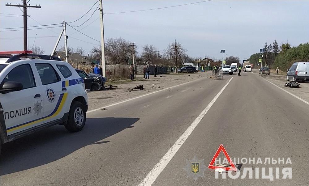 На Дубенщині сталася ДТП: скутерист загинув, а водійка легковика – у лікарні, фото-1