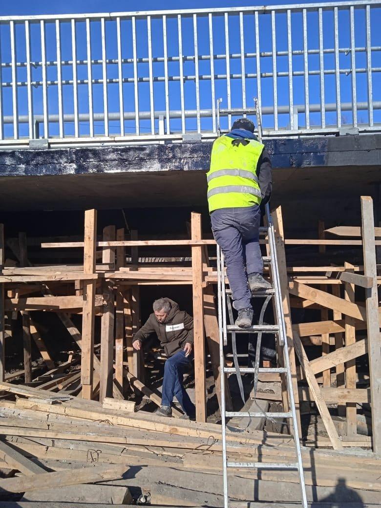 У Дубні знову розпочали ремонт мосту: обіцяють доробити в цьому році, фото-2