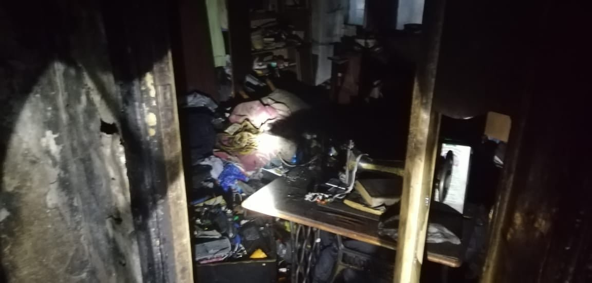 У багатоквартирному будинку в Костополі сталася пожежа: помер 36-річний мешканець, решту жителів – евакуювали, фото-4