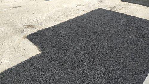 В одному з міст на Рівненщині борються з ямами на дорогах (ФОТО), фото-1