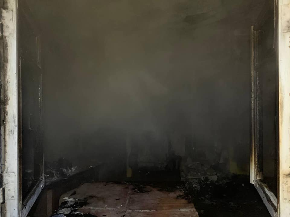 У Здолбунові сталася пожежа: спалахнув будинок, де мешкають три сім'ї (ФОТО) , фото-5