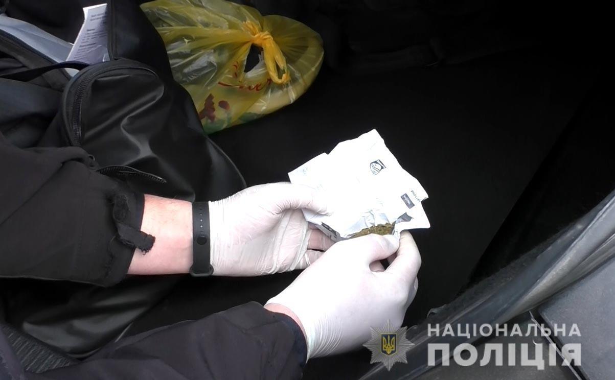 Поверталися з краденим додому: жителів Вінничини, які можуть бути причетними до серій крадіжок, упіймали на виїзді з Рівного, фото-3