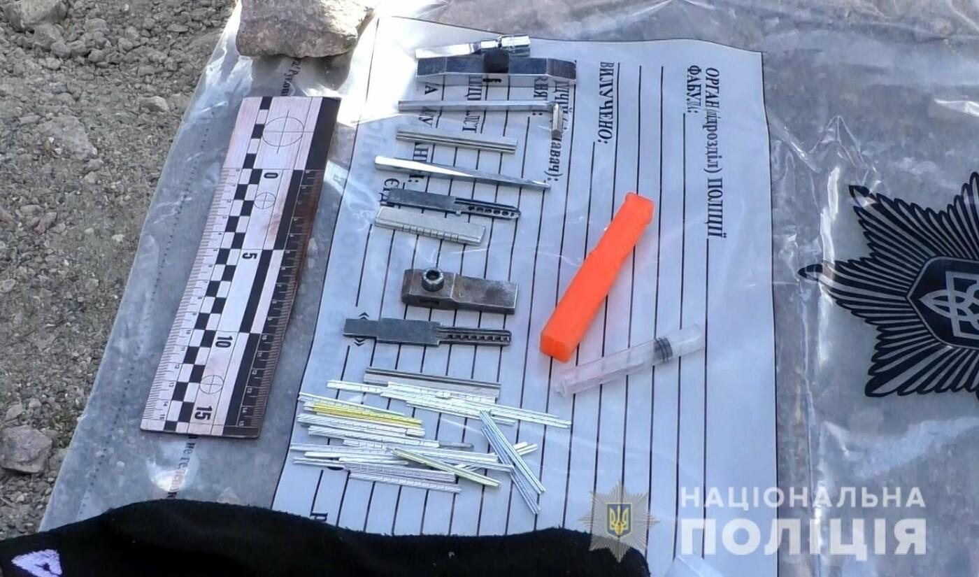 Поверталися з краденим додому: жителів Вінничини, які можуть бути причетними до серій крадіжок, упіймали на виїзді з Рівного, фото-6