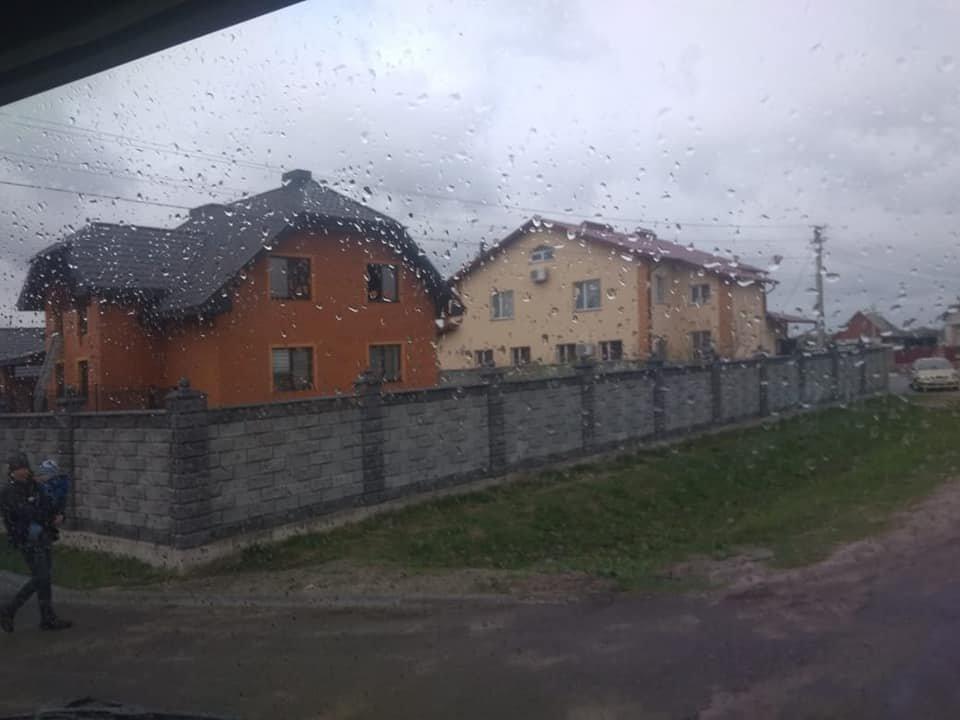На Березнівщині сталася пожежа: спалахнула гардеробна в одному з будинків (ФОТО), фото-3
