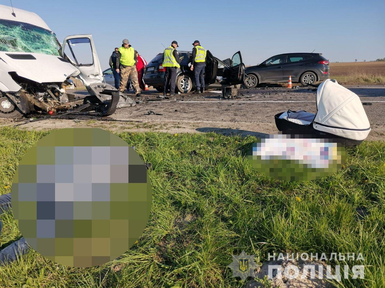 Виїхав на зустрічну: на Рівненщині сталася ДТП, унаслідок якої загинула сім'я з маленькою дитиною (ФОТО/ВІДЕО), фото-2