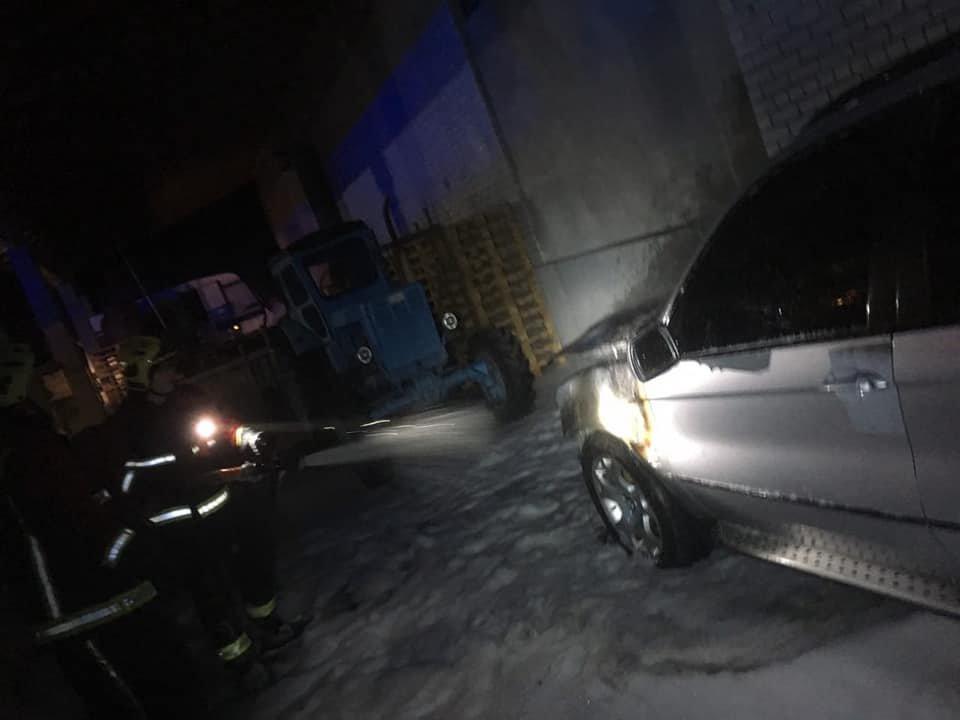 У Володимирці загорілося елітне авто (ФОТО), фото-2