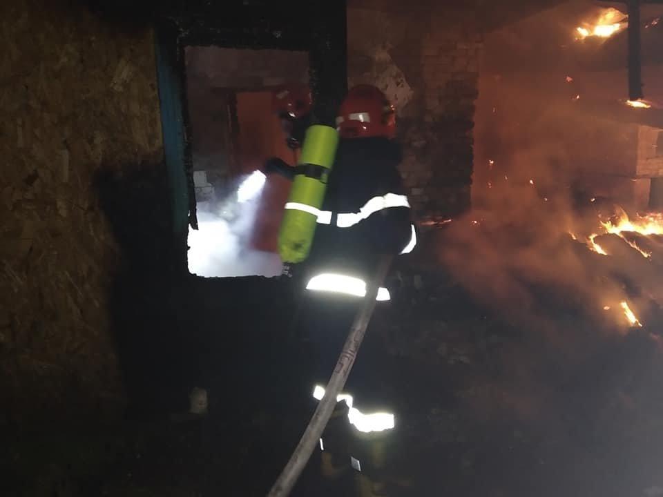 Пожежа на Кореччині: будинок залишився без даху… і господаря, фото-6