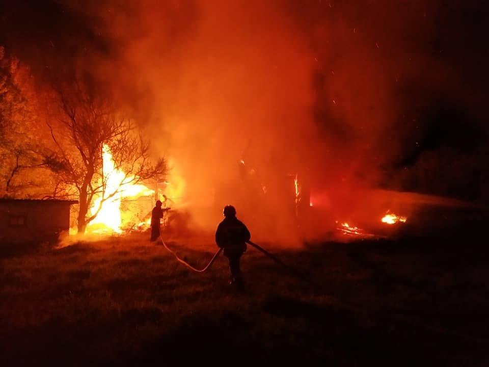 Пожежа на Кореччині: будинок залишився без даху… і господаря, фото-4