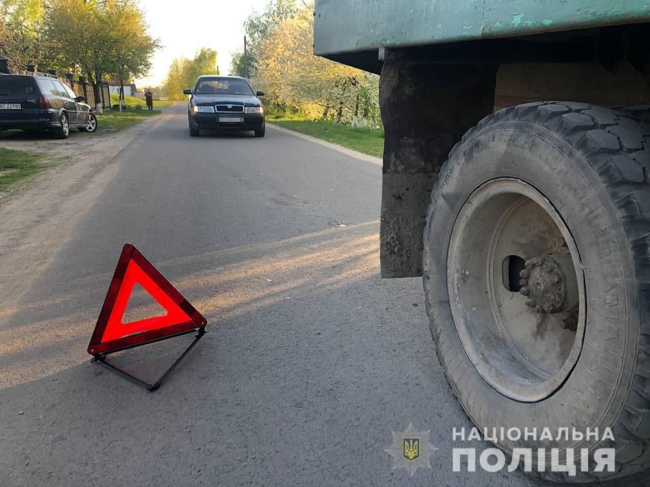 У Березному під колеса вантажівки потрапила дитина (ФОТО), фото-2
