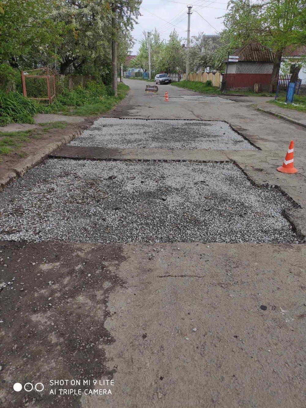 У одній з громад на Рівненщині ліквідовують ями на дорогах (ФОТО), фото-2