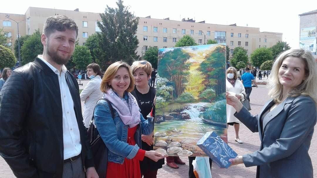 У Костополі волонтери збирали кошти на лікування школярки, фото-2
