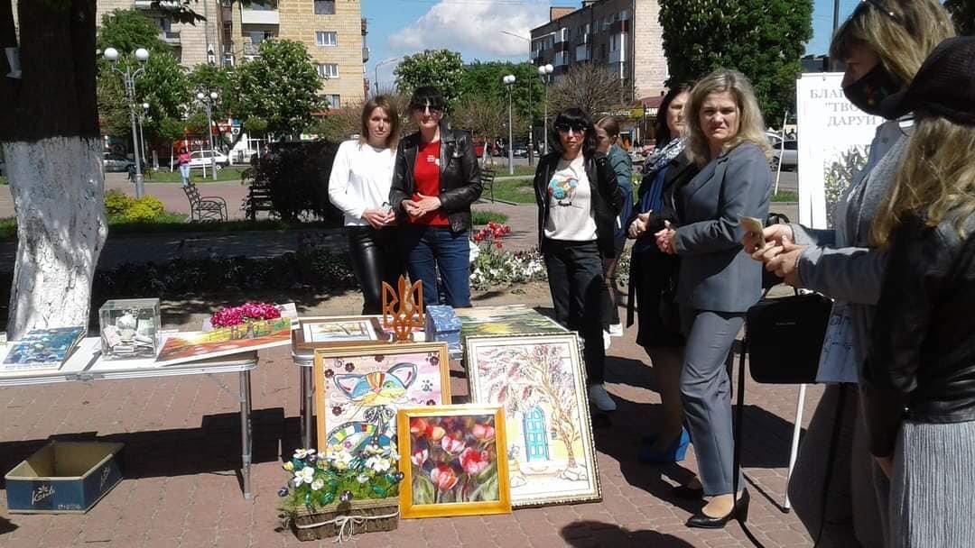У Костополі волонтери збирали кошти на лікування школярки, фото-3