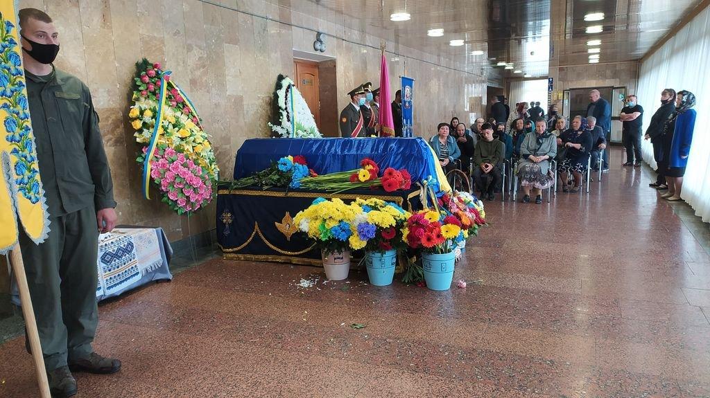 У Вараші попрощалися із загиблим солдатом, фото-4