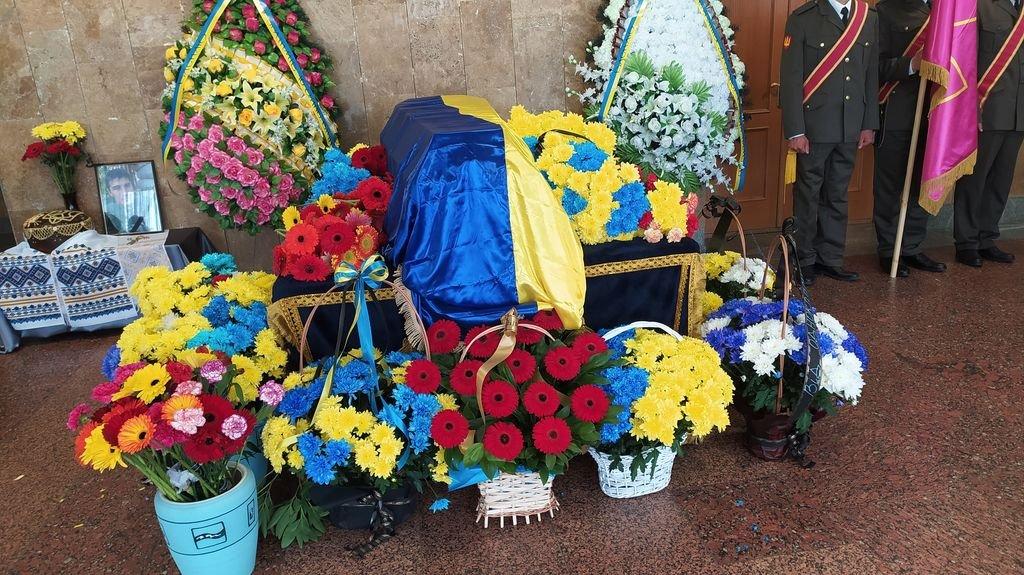 У Вараші попрощалися із загиблим солдатом, фото-5