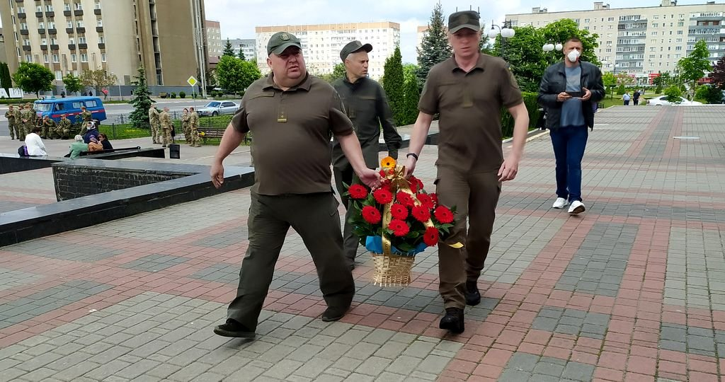 У Вараші попрощалися із загиблим солдатом, фото-6