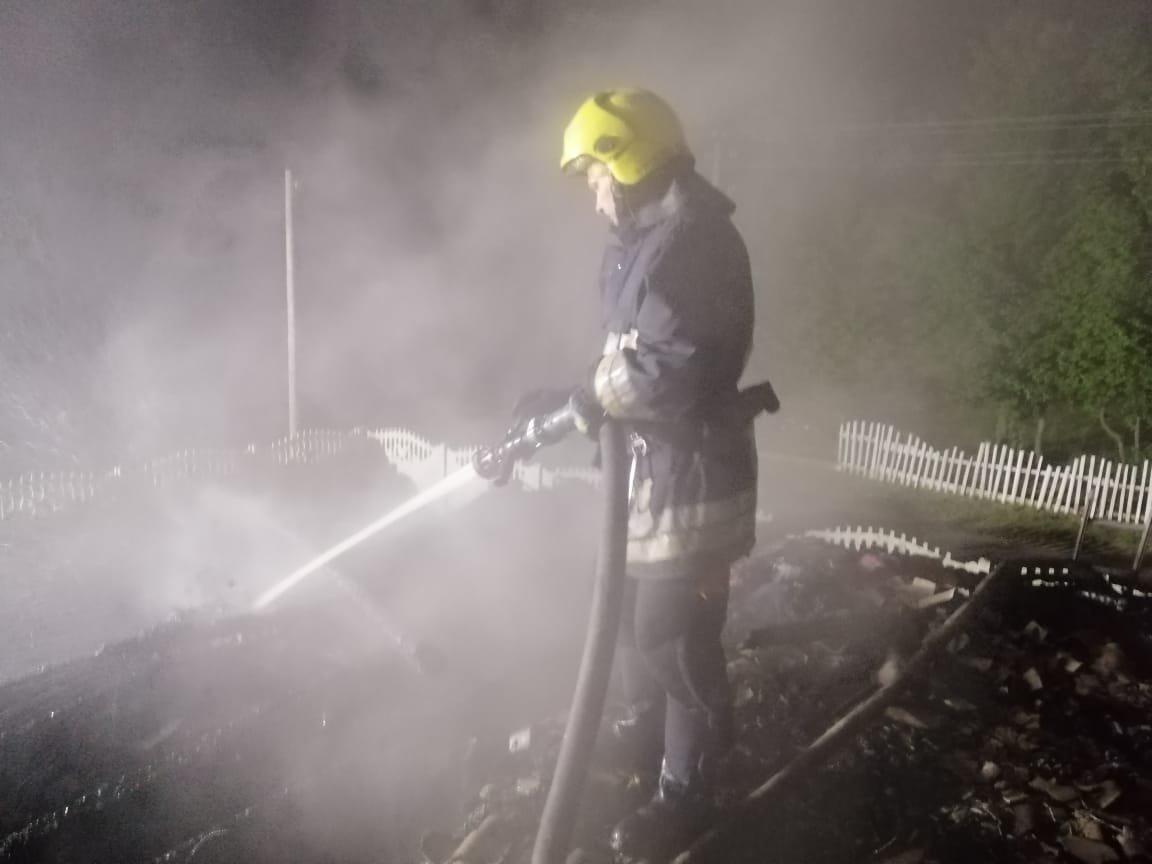 У Рівненському районі спалахнув житловий будинок, фото-2