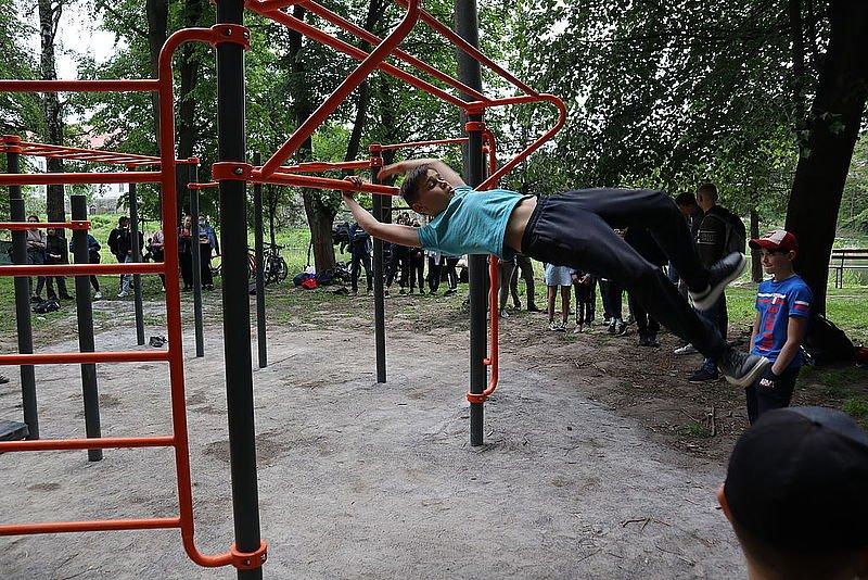 В одному з міст на Рівненщині провели перше в історії змагання зі Street Workout, фото-2