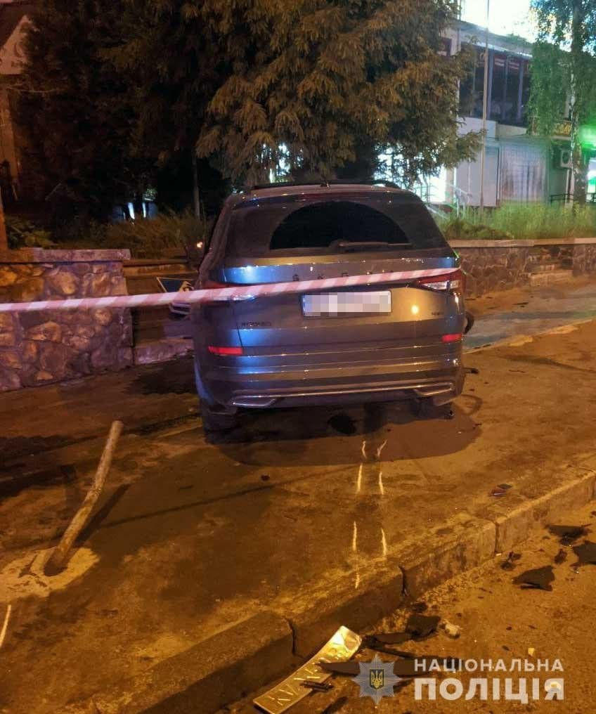 """Хотів """"проскочити"""" на червоне: поліція встановила, хто винуватець ДТП в районі """"Чайки"""", фото-1"""